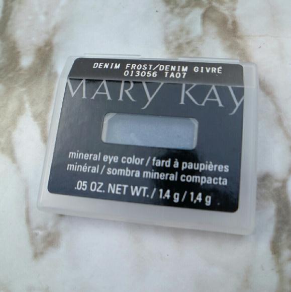 Mary Kay - Mary Kay eyeshadow in Denim Frost New