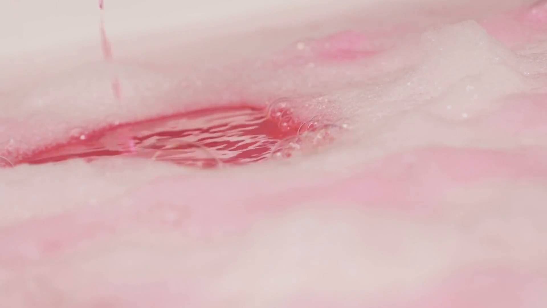 Lush Cosmetics - Candy Bubble Brush