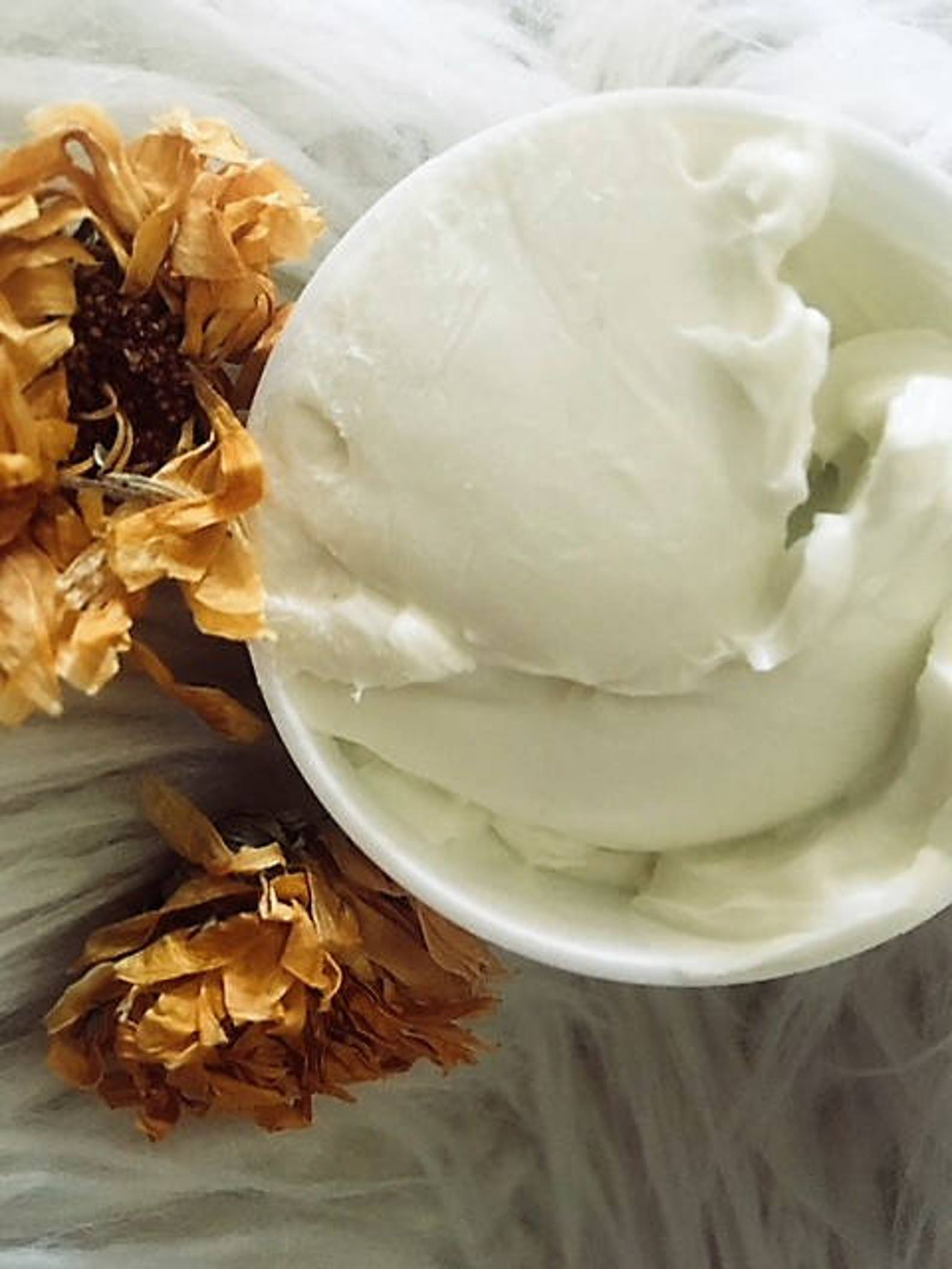 null - Organic Creamy Calendula + Rose Butter Anti-Aging Face, Eye + Neck Creme - Wrinkle/Lines - The AO Posh Palour