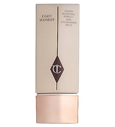 Charlotte Tilbury - Light Wonder Foundation SPF 15