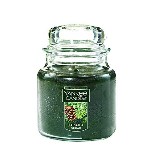 Yankee Candle - Yankee Candle Medium Jar Candle, Balsam & Cedar
